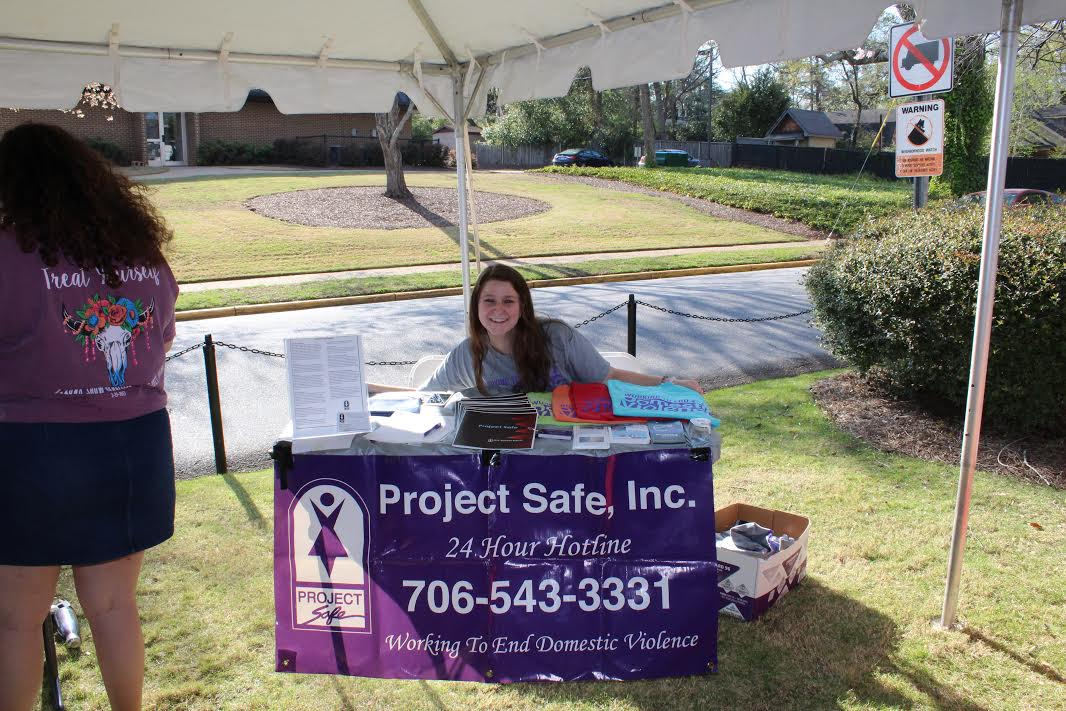 Volunteer at Project Safe!